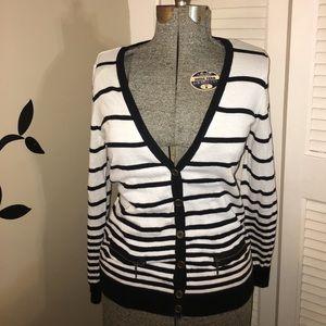 Forever 21 Black n white striped cardigan.